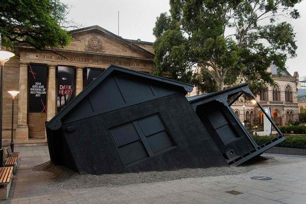 ian-strange-drops-a-house-from-the-sky-for-landed-designboom-11