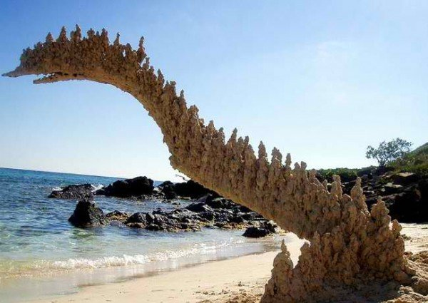 gravity defying sculptures by sandcastle matt pondly