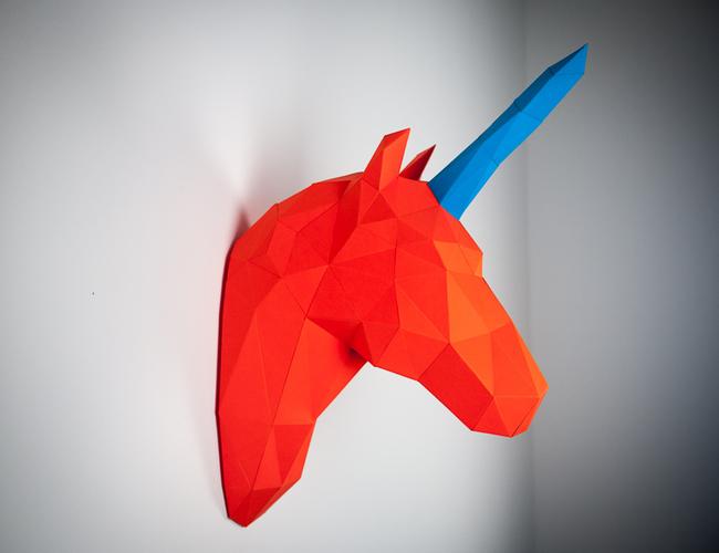 Papertrophy unicorn 650 x 500