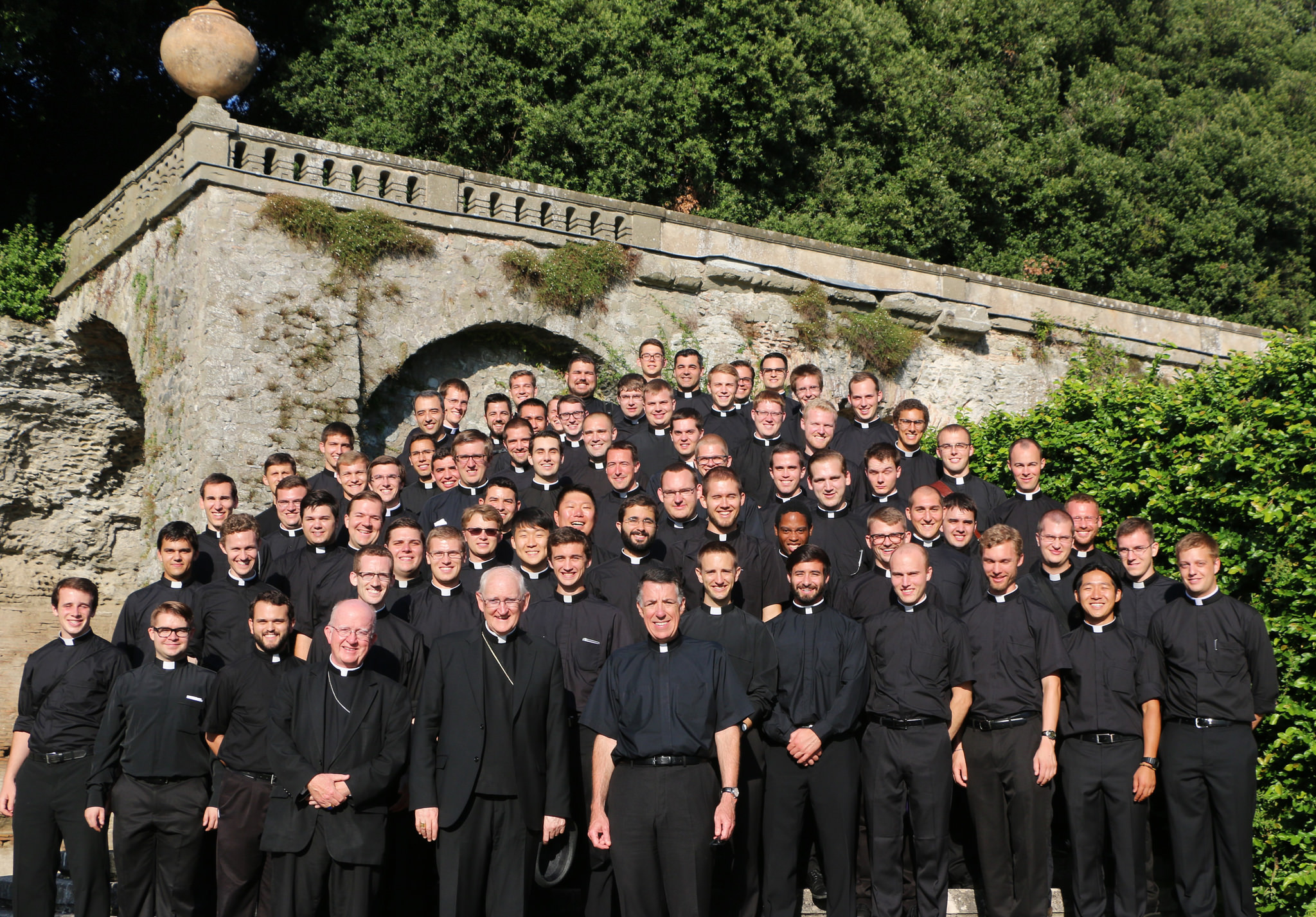 The Class of 2019 poses for a photo during their tour of the papal gardens at Castel Gandolfo.