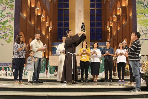 Participantes da Semana Vocacional celebram missa de encerramento no Santuáro Nacional