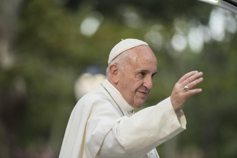 Papa inicia ciclo de catequeses sobre crisma