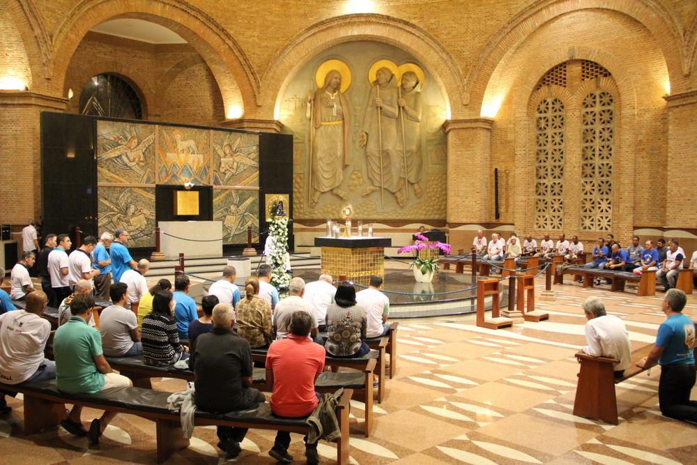 Você sabe por que o Santuário de Aparecida tem tantas capelas?