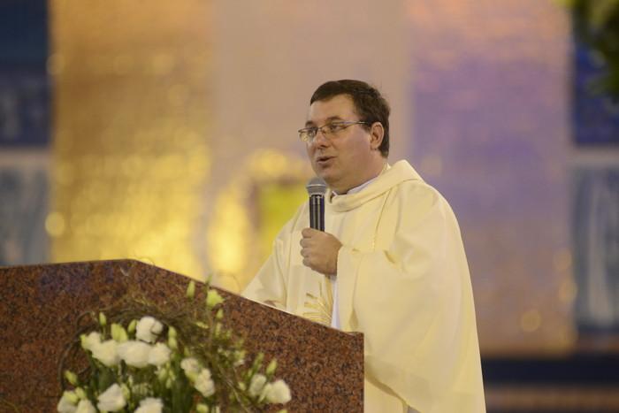 Pe. Rogério Gomes lança livro sobre espiritualidade e autoconhecimento