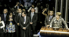 """Votem pela democracia"", diz Dillma Rousseff"