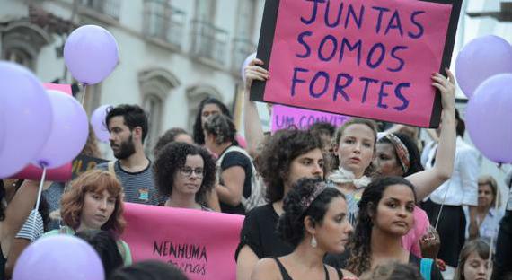 Mulheres promovem protesto no Rio contra a violência de gênero na América Latina