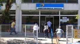 Reforma da Previdência sugerida atrasa o Brasil em mais de um século
