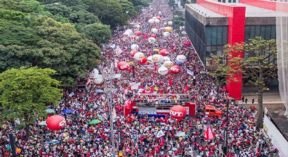 A CUT e as demais centrais sindicais decidiram convocar unitariamente um processo mobilização nacional de preparação da greve geral