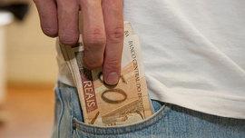 Valor ainda desrespeita Constituição Federal, afirma Dieese sobre salário mínimo
