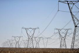 Privatizar a Eletrobras é penalizar a população rural e as periferias das cidades