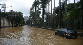 Inoperância e falta de planejamento explicam efeito  drástico do temporal, diz especialista da Coppe