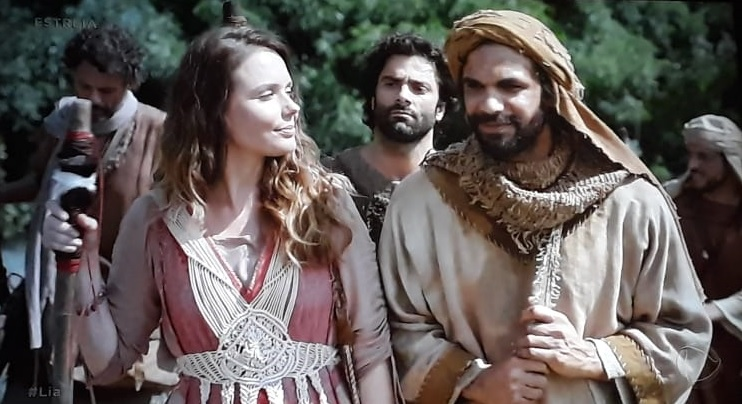 Lia: minissérie estreia com o encontro de Jacó e Raquel