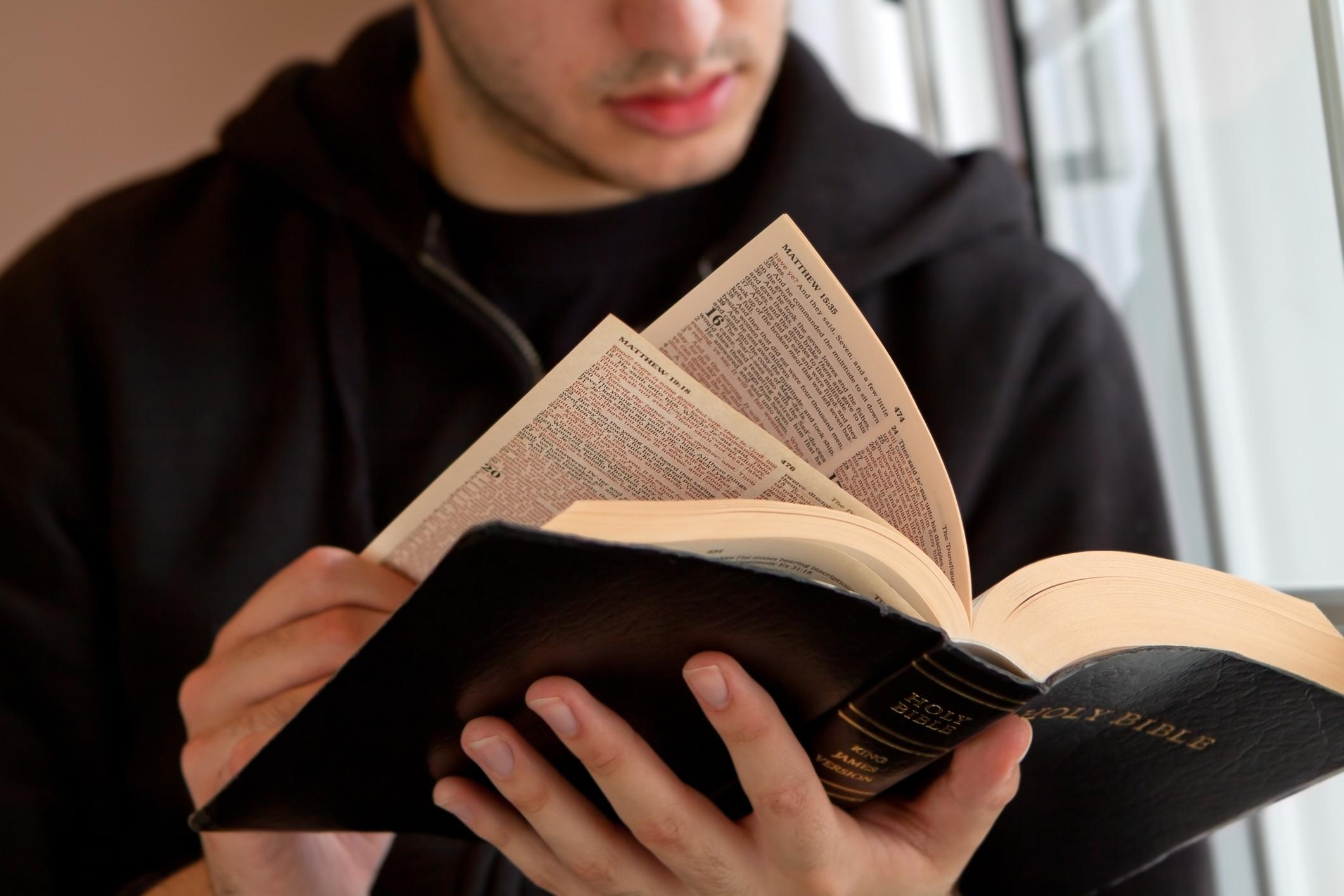 Bíblia em 1 ano – Leia o 209º dia