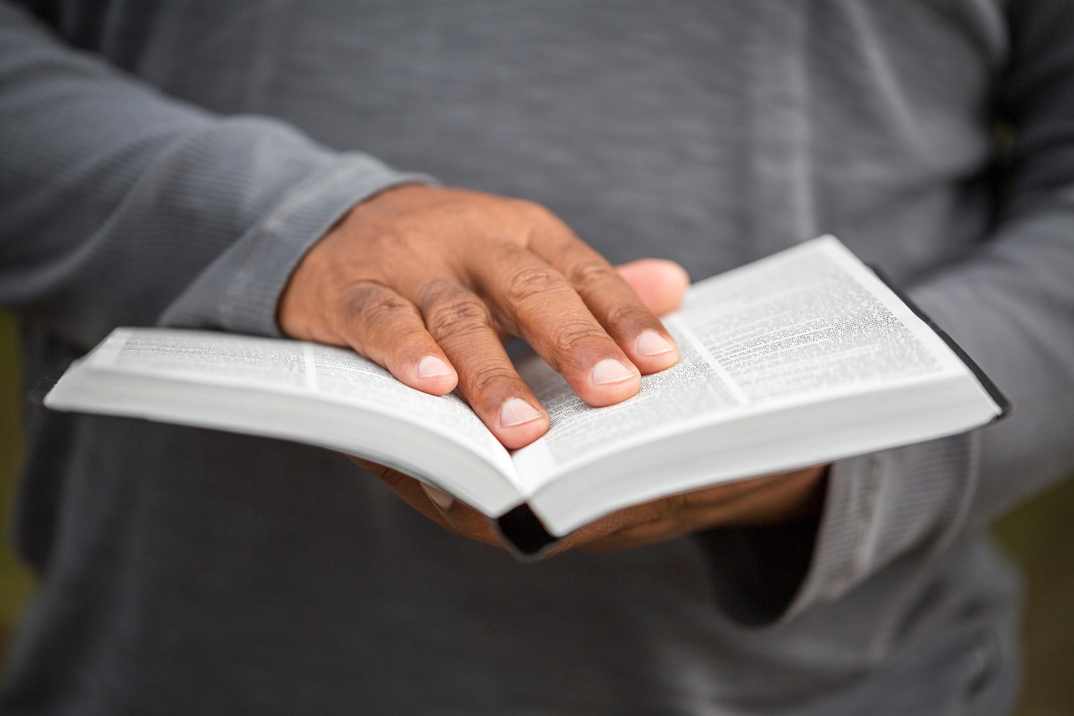 Bíblia em 1 ano – Leia o 324º dia