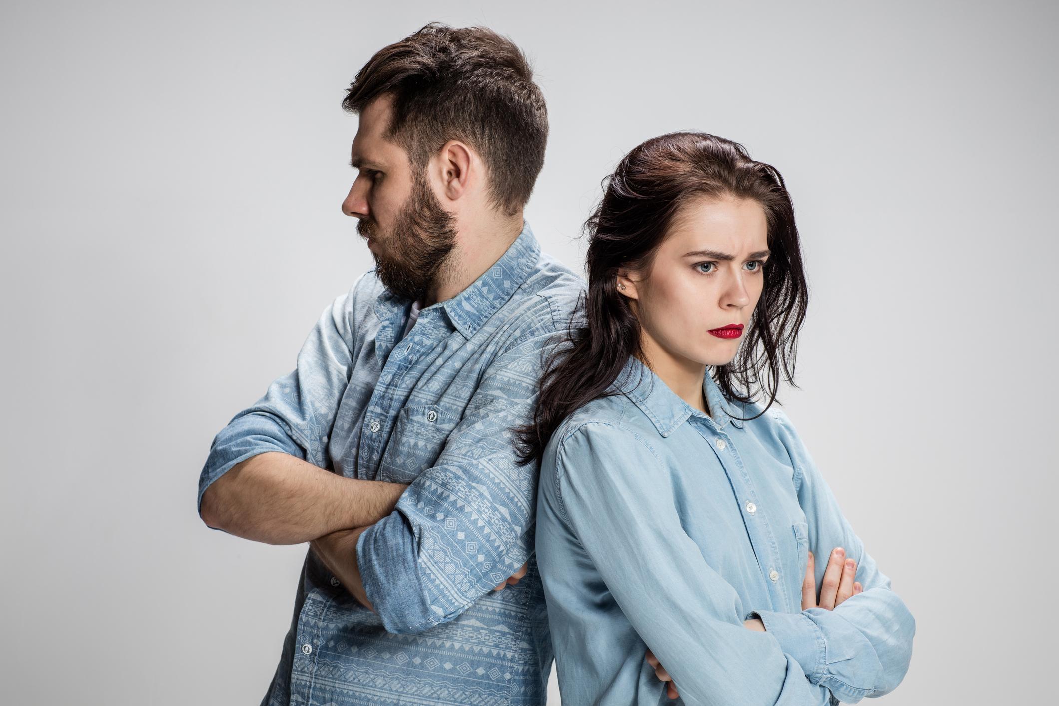 Os inimigos de um casamento feliz
