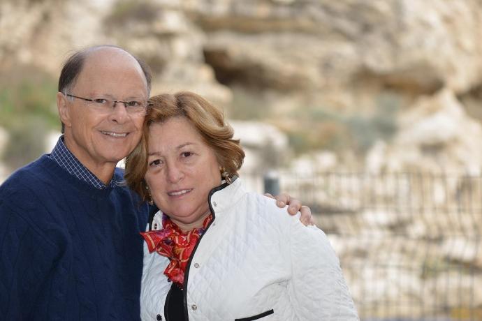 Bispo Macedo e Ester Bezerra dão dicas de como manter uma união estável
