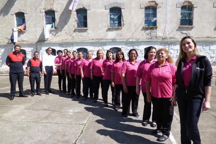 Andressa Urach faz palestras na maior penitenciária feminina da América Latina