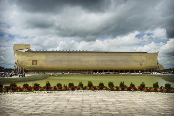 Réplica da Arca de Noé é inaugurada nos Estados Unidos