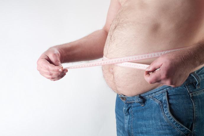 Homens com barriga avantajada correm mais risco de ter câncer de próstata