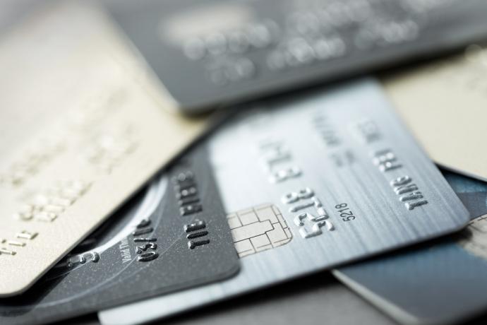 Golpe do cartão de crédito na portaria