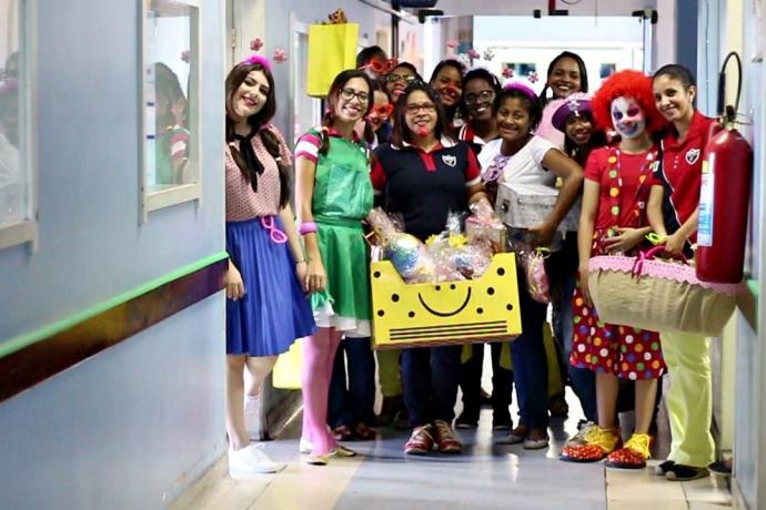 Força Jovem visita crianças em hospital de Campos dos Goytacazes