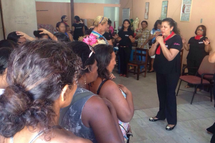 Raabe visita garotas de programa do Pará