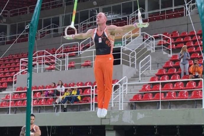 Ginasta é expulso dos Jogos Olímpicos por infringir regras