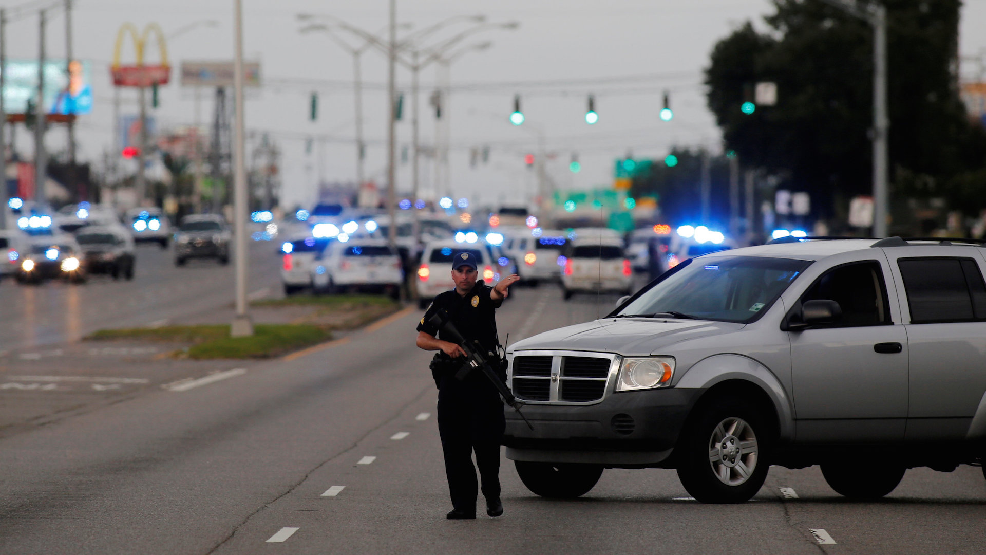 3 police officers killed, 3 wounded in Baton Rouge; gunman dead