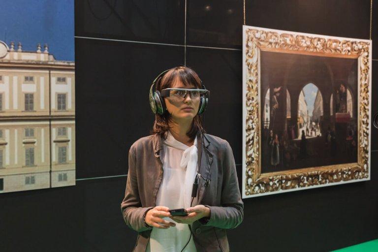 future-3-future-will-be-augmented