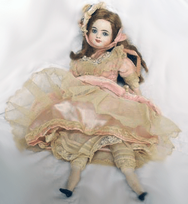 Dolls-A-Collector's-Item-or-a-Forgotten-Toy2