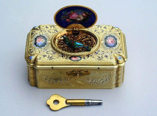 Find Collectible Music Boxes at a Prestige Estates Services Sale