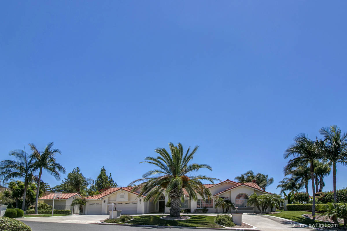 12665 Treehill Place Poway, CA 92064