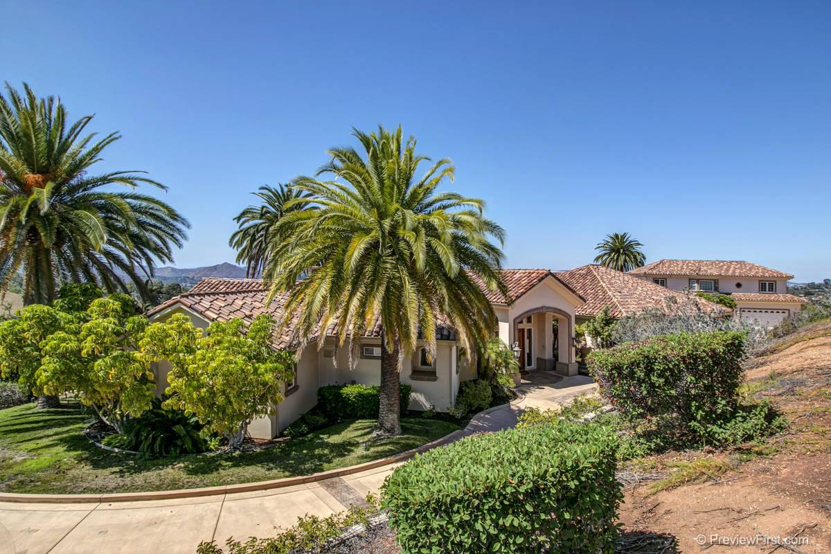 1297 Palma Vista Court Escondido, California 92025