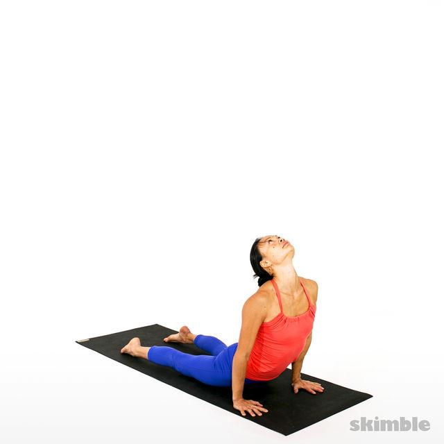 How to do: Advanced Sun Salutation - Step 15