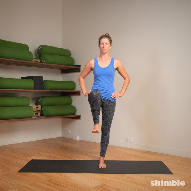 How to do: 4-Square Single Leg Hops - Step 18