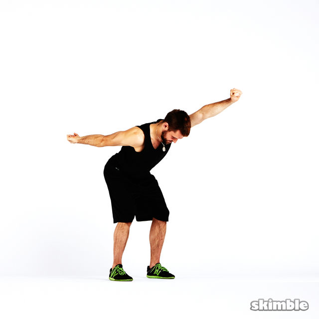 How to do: Boxer Fist Reaches - Step 4