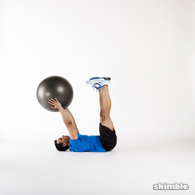 How to do: Medicine Ball Jackknife - Step 4