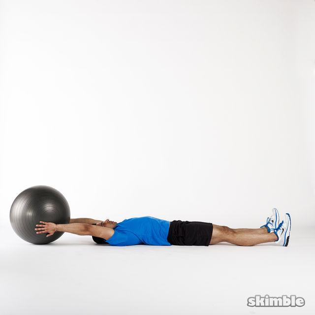 How to do: Medicine Ball Jackknife - Step 1