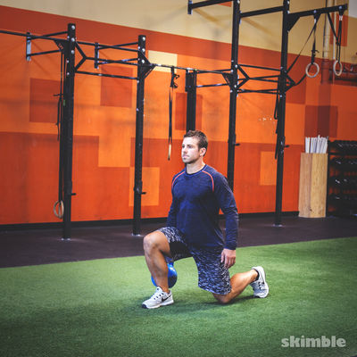 Left Reverse Lunges with Kettlebell