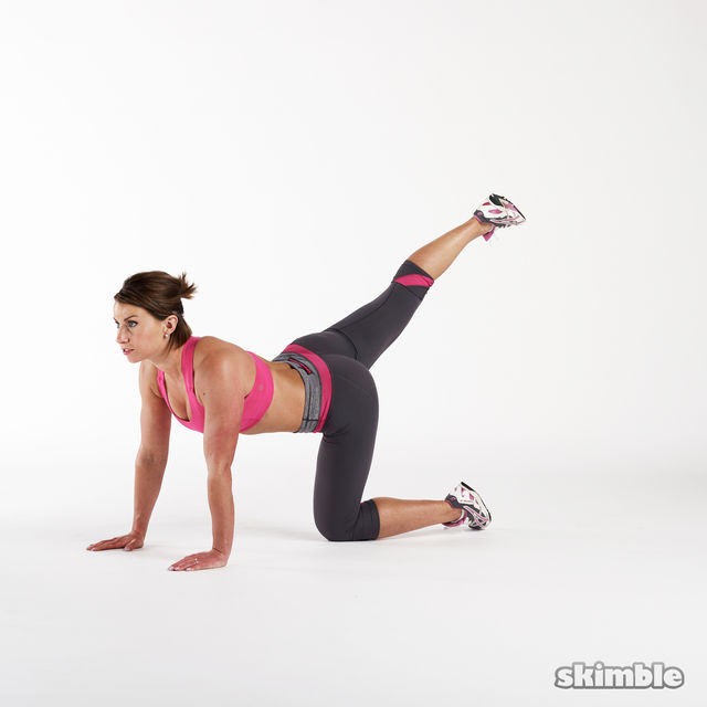 How to do: Glute Kickbacks - Step 4