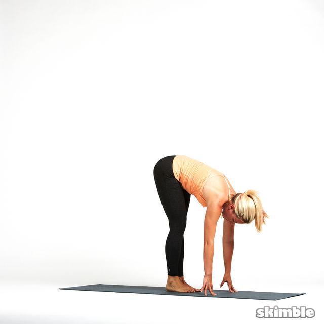How to do: Left Standing Split - Step 3