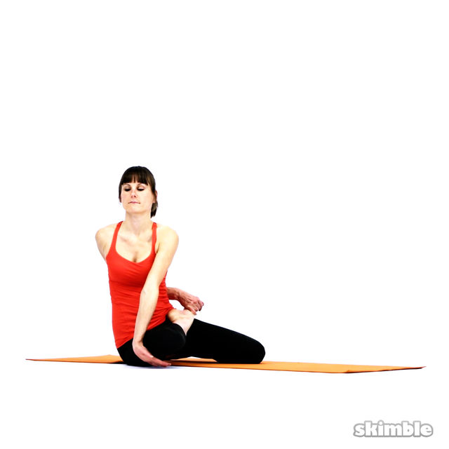 How to do: Bharadvaja's Twist - Step 5