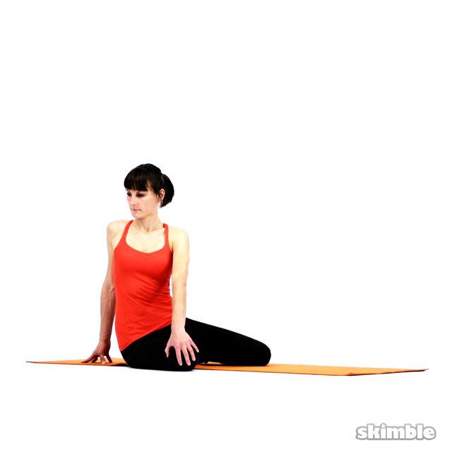 How to do: Bharadvaja's Twist - Step 3