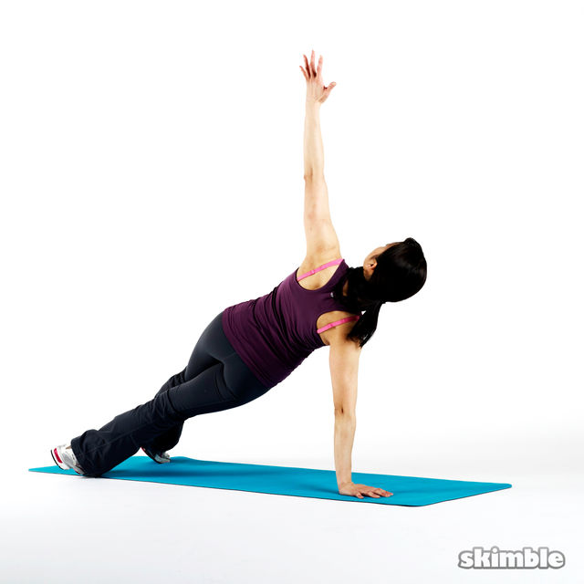 How to do: Alternating Side Planks - Step 3