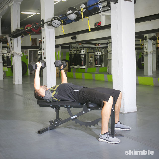 How to do: Dumbbell Bench Press - Step 2