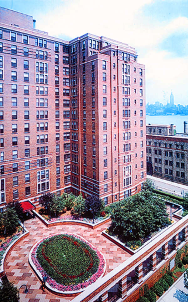 Hudsonsquaresouth th