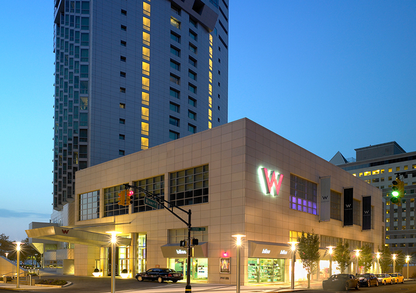 Whotel 01