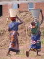 Women_in_africa_small