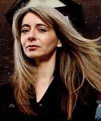 Caption: Dame Evelyn Glennie