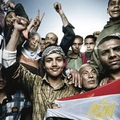 Caption: Egyptians celebrating in Tahrir Square, Credit: &copy; 2011 Platon for Human Rights Watch